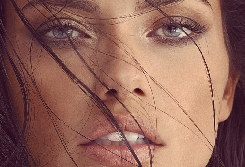 adriana lima pictures 5 Adriana Lima is Absolutely Flawless in Vogue Turkey Feature