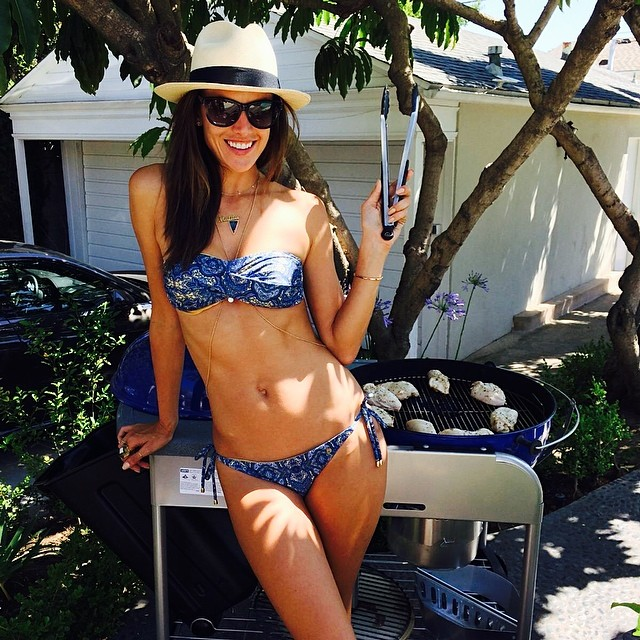 Alessandra Ambrosio poses in bikini for Memorial Day BBQ