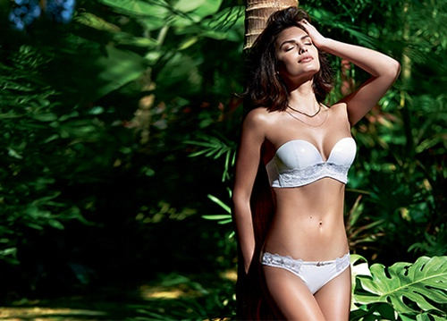 alyssa miller intimissimi lingerie photos1 Alyssa Miller Goes Natural for Intimissimi Lingerie Summer Shoot