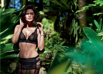Alyssa Miller Goes Natural for Intimissimi Lingerie Summer Shoot
