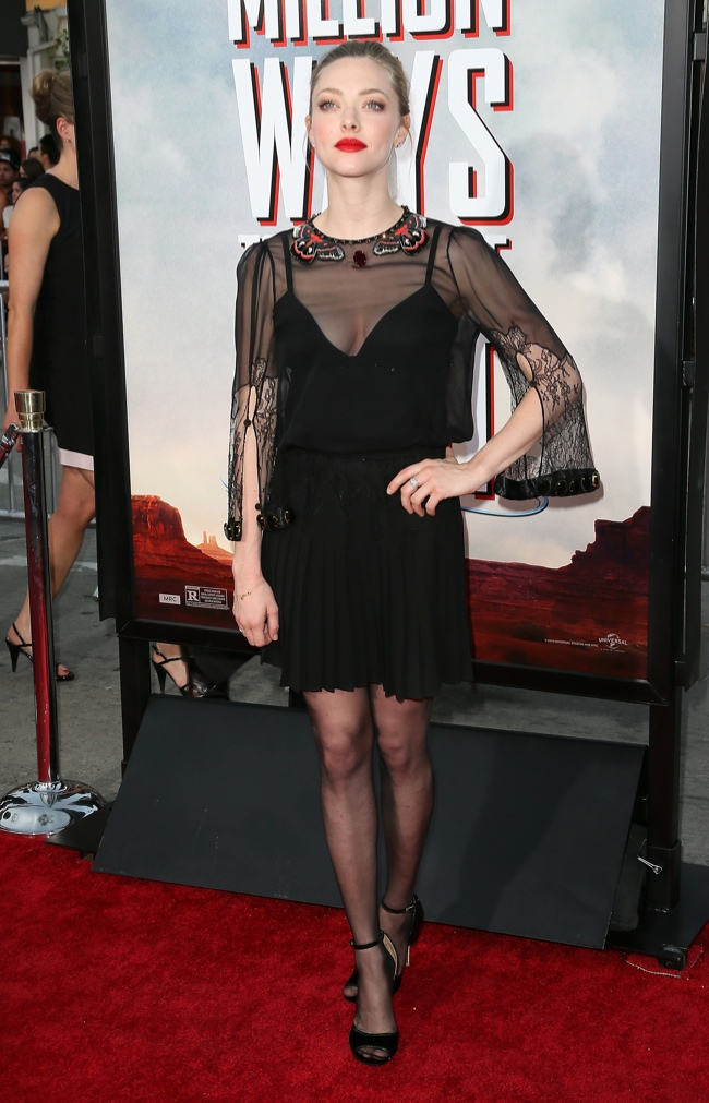amanda seyfried givenchy black dress01 Amanda Seyfried Goes Sheer in Givenchy at the A Million Ways to Die in the West LA Premiere
