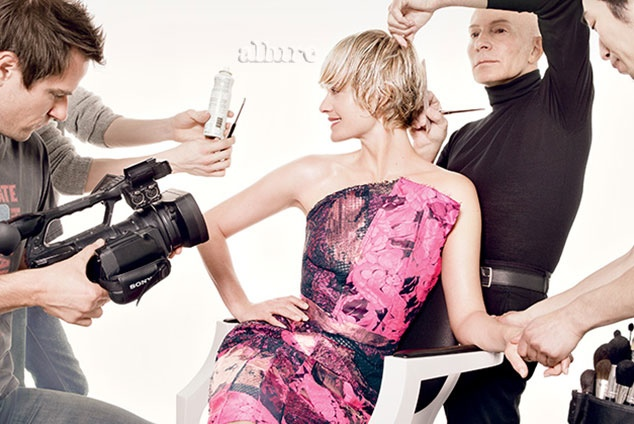 amber valletta hair allure 2 Amber Valletta Cuts Her Hair for Allure Cover Shoot