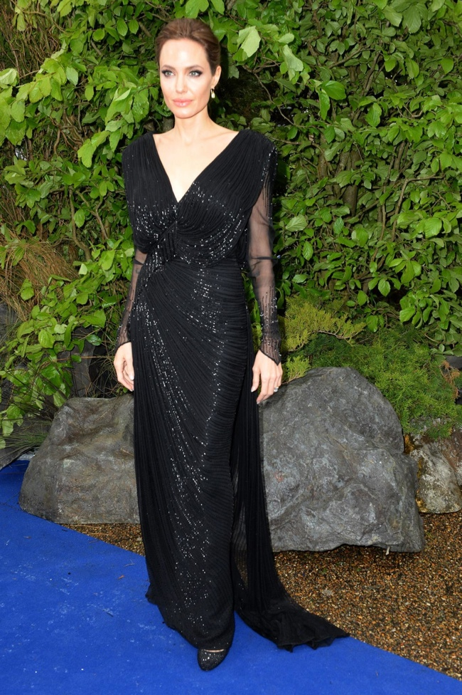 angelina jolie atelier versace1 Angelina Jolie Stuns in Atelier Versace at Private Maleficent Reception