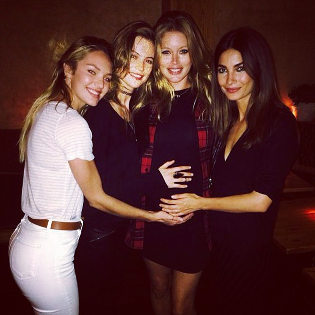 Candice Swanepoel, Behati Prinsloo, Doutzen Kroes and Lily Aldridge hang out