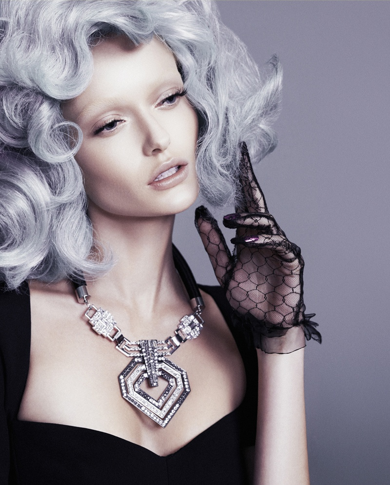 annabella-grey-hair-fashion6