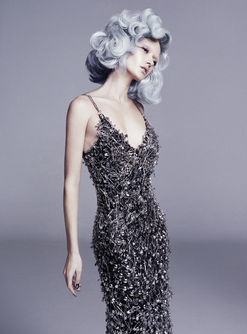 annabella-grey-hair-fashion8
