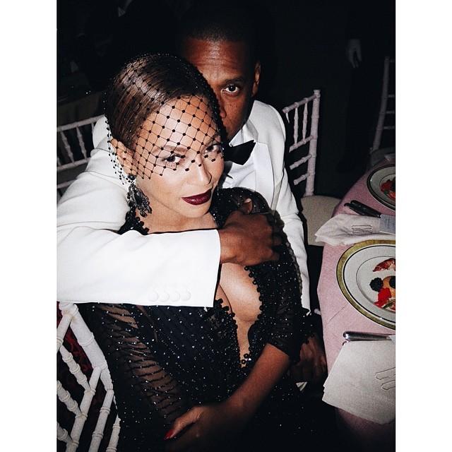 Beyonce & Jay Z pose for Mario Testino