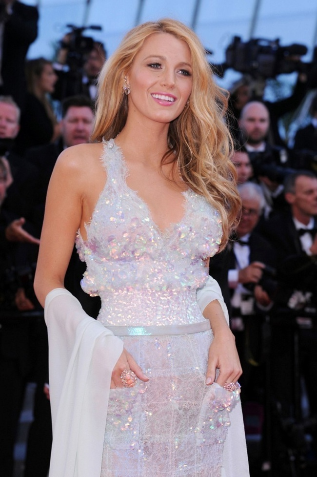 "blake lively chanel couture dress2 Blake Lively Shines in Chanel Dress at the ""Mr. Turner"" Cannes Film Festival Premiere"