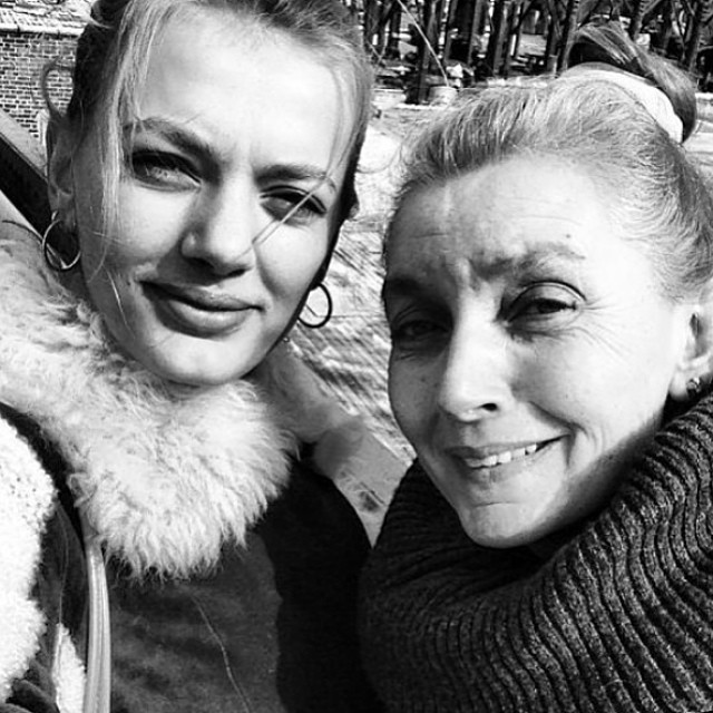 Bregje Heinen shared a photo of her mom and herself