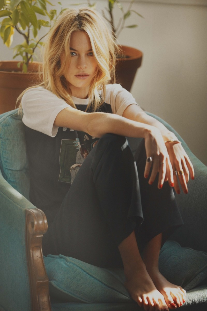 camille rowe pictures15 This Charming Girl: Camille Rowe Poses for Guy Aroch in So It Goes Magazine