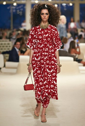 chanel-cruise-2015-show-photos-10