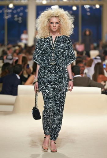 chanel-cruise-2015-show-photos-11