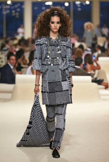 chanel-cruise-2015-show-photos-13