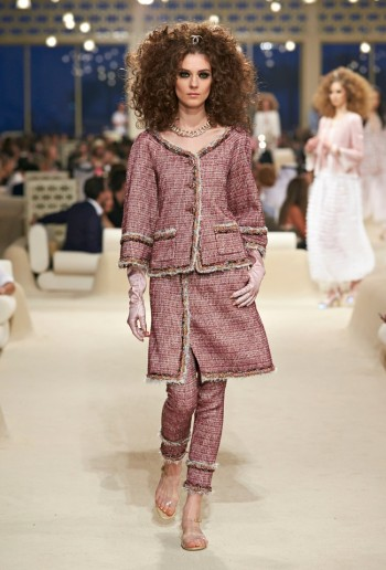 chanel-cruise-2015-show-photos-17