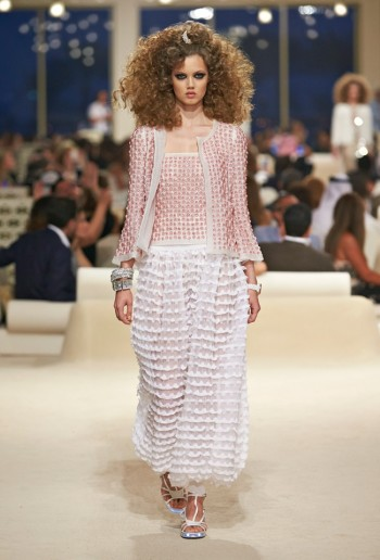 chanel-cruise-2015-show-photos-18