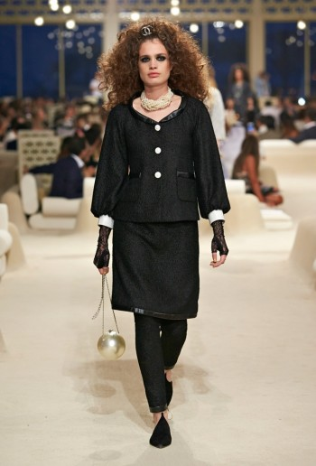 chanel-cruise-2015-show-photos-23