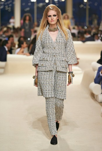 chanel-cruise-2015-show-photos-24