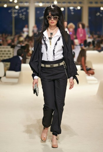 chanel-cruise-2015-show-photos-32