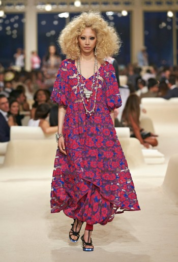 chanel-cruise-2015-show-photos-35