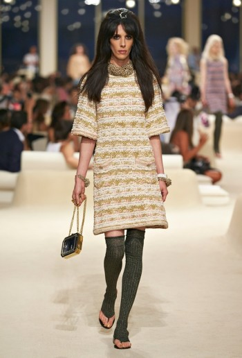 chanel-cruise-2015-show-photos-39