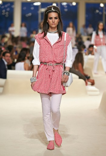 chanel-cruise-2015-show-photos-5
