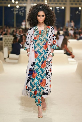 chanel-cruise-2015-show-photos-50