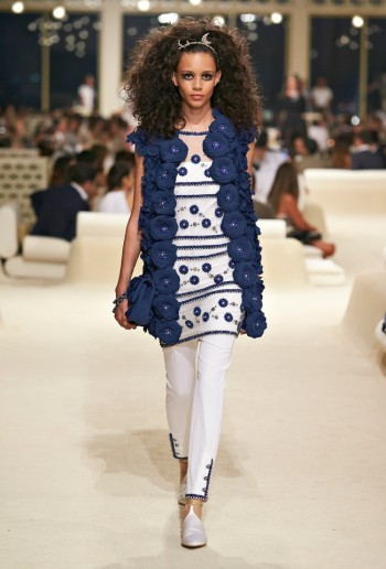 chanel-cruise-2015-show-photos-67