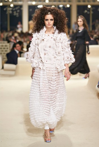 chanel-cruise-2015-show-photos-69