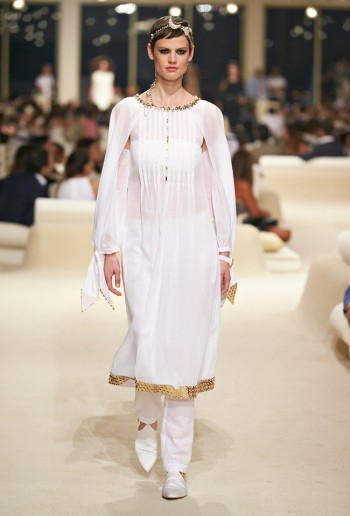 chanel-cruise-2015-show-photos-75