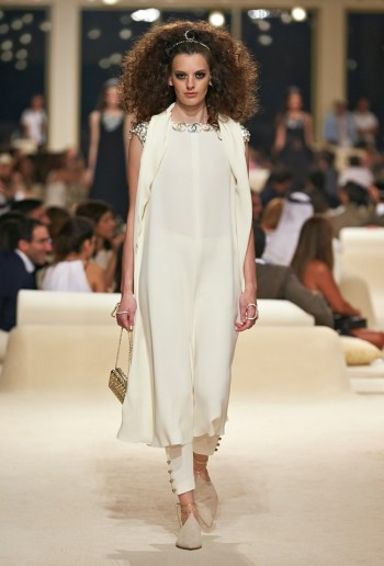 chanel-cruise-2015-show-photos-78