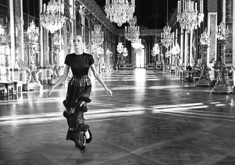 © Inez Van Lamsweerde and Vinoodh Matadin, 2012. Dress from the Fall 2012 Pret-a-Porter collection in the Hall of Mirrors at the Chateau de Versailles. Mode: Daria Strokous
