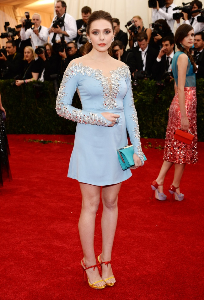 Elizabeth Olsen gets blue in Miu Miu look