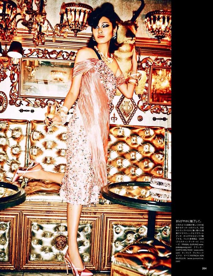 ellen von unwerth tokyo12 Chiharu Okunugi Takes Tokyo for Vogue Japan by Ellen von Unwerth
