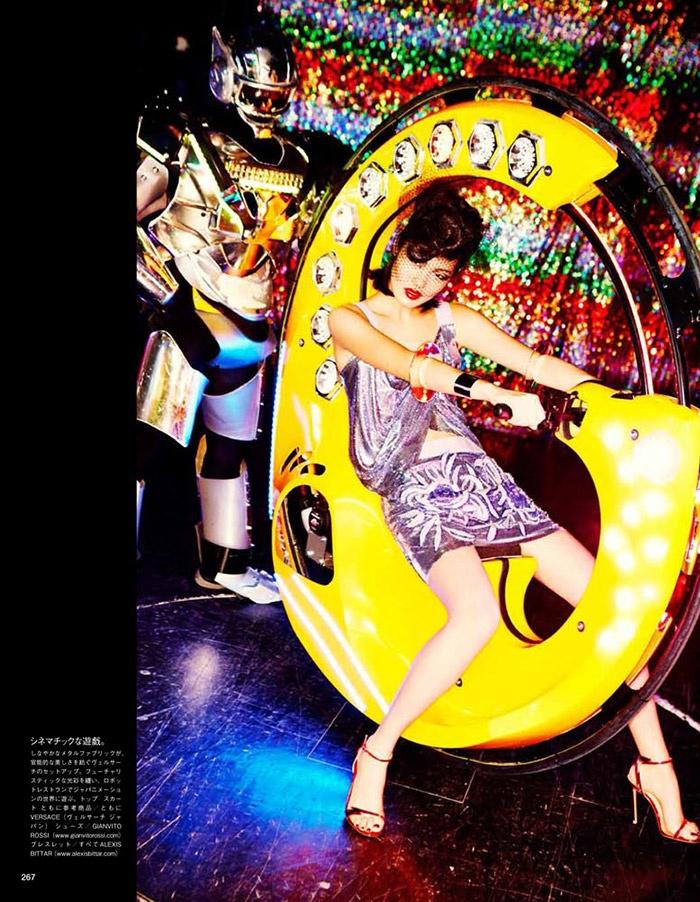 ellen von unwerth tokyo13 Chiharu Okunugi Takes Tokyo for Vogue Japan by Ellen von Unwerth