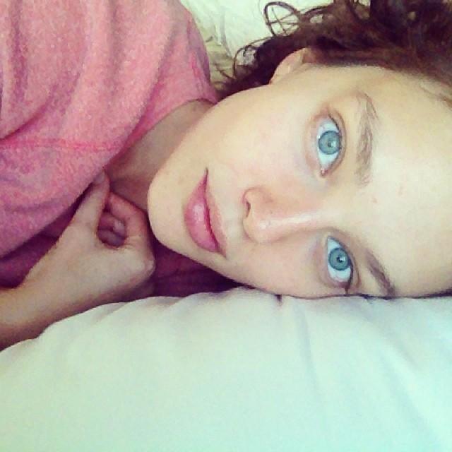 emily didonato no makeup Born Beautiful: 10 Model No Makeup Selfies
