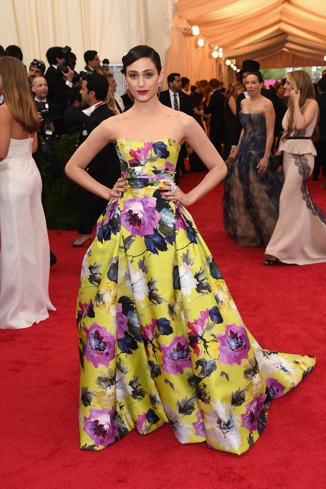 Emmy Rossum gets colorful in Carolina Herrera printed gown