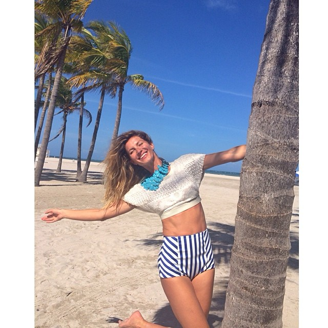 gisele beach Instagram Photos of the Week | Kate Moss, Christy Turlington + More Models