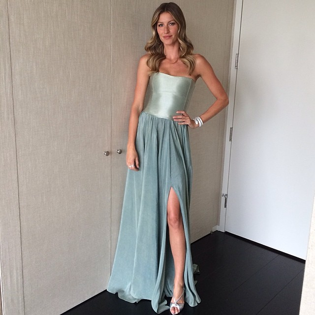 Gisele Bundchen gets ready for event