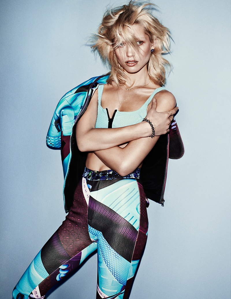 hana jirickova pictures1 Hana Jirickova Poses for Hasse Nielsen in Sporty Vogue Spain Spread