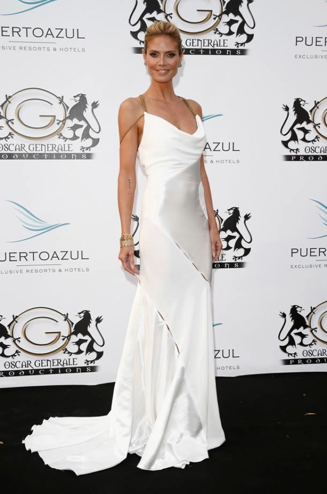 heidi klum versace dress white More Dresses From Cannes Final Events: Lara Stone, Paz Vega, Aishwarya Rai