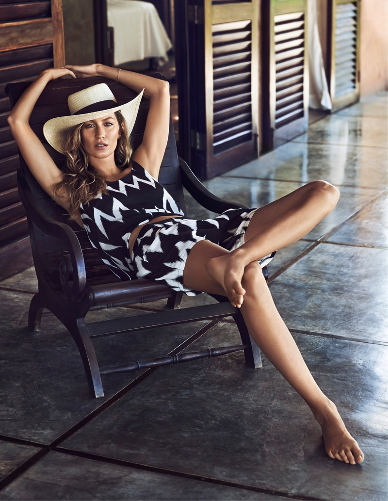 hm summer gisele bundchen swimwear 2014 5 Gisele Bundchen Brings the Heat for H&M Swimwear 14 Ads