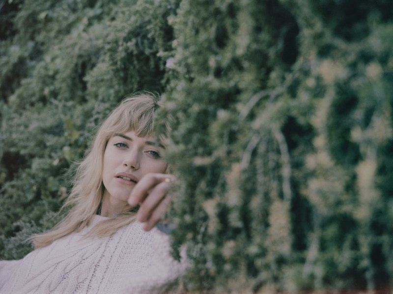 imogen-poots-photo-shoot1