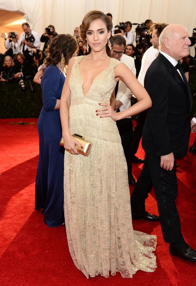 jessica alba dvf met gala 2014 Met Gala Red Carpet Looks