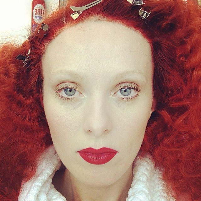Karen Elson shows off a super red beauty look