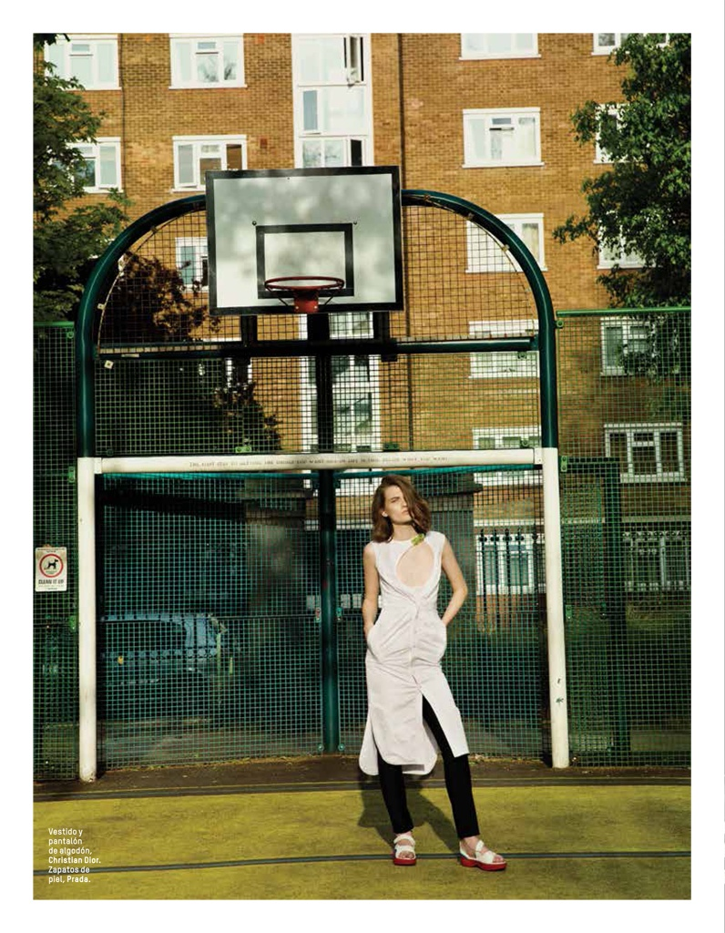 lara mullen model9 Lara Mullen is a Good Sport for LOfficiel Mexico by Sevda Albers