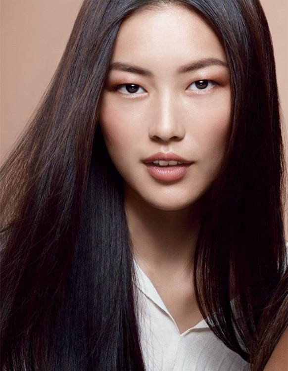 liu wen oval 7 Asian Models Changing the Face of Fashion