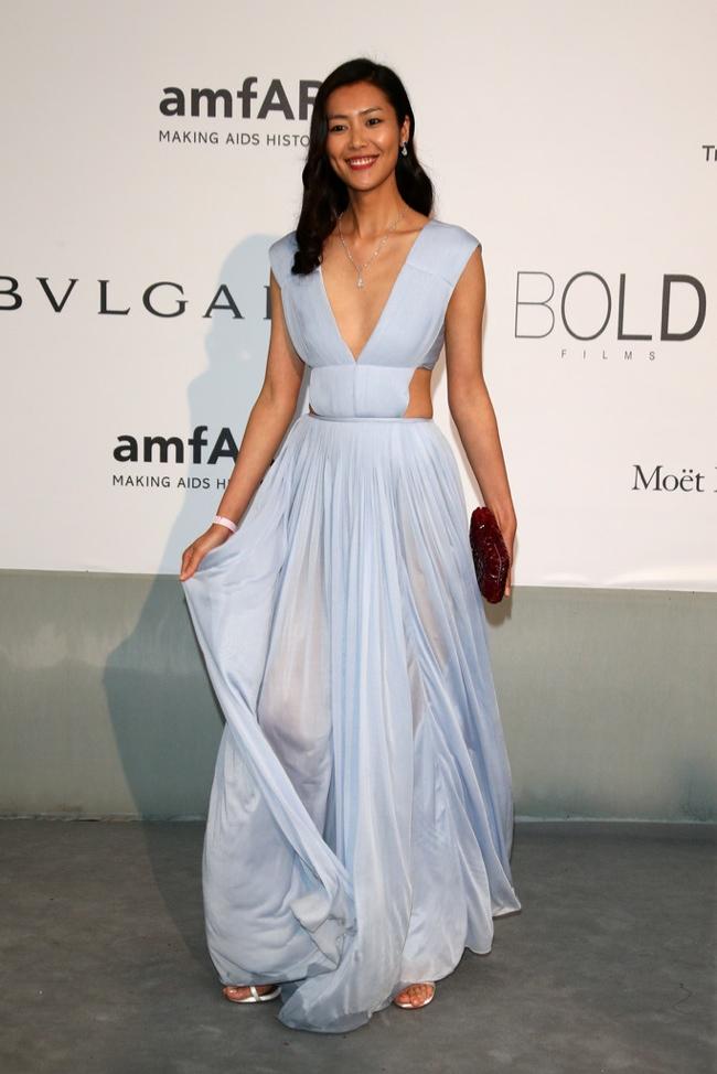 Liu Wen wears a sky blue Vionnet dress