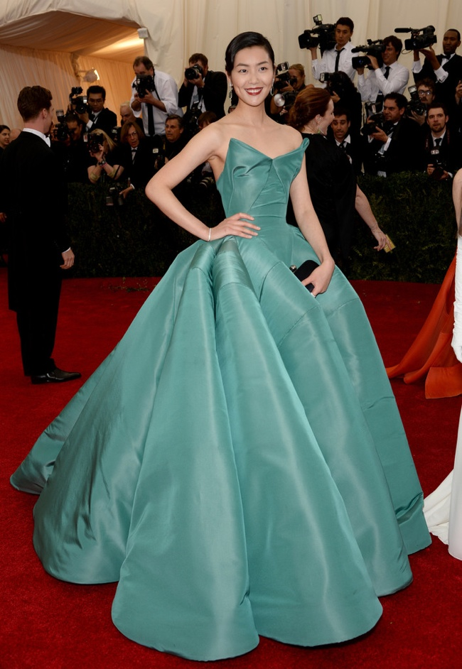 Liu Wen dons sea foam colored Zac Posen gown