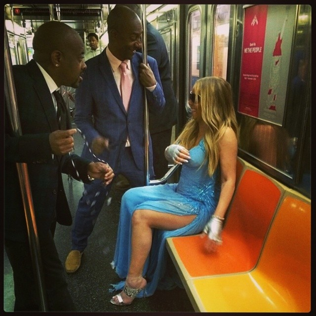 mariah versace dress Mariah Carey Wore Atelier Versace on the Subway Because…She's Mariah