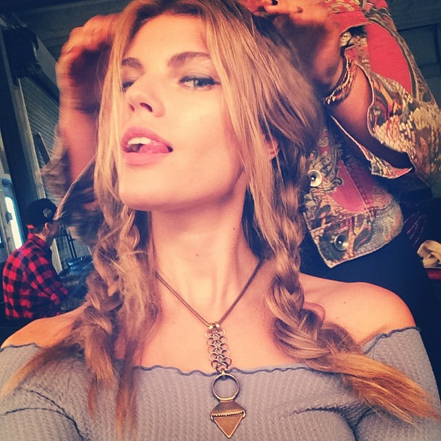 Maryna Linchuk shows off braided hairstyle